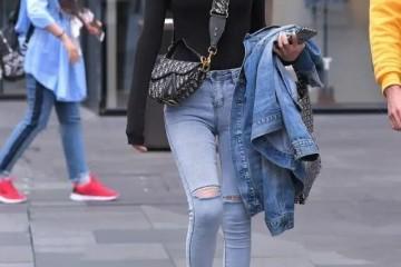 有了面包鞋破洞裤如虎添翼跟着穿时尚又洋气