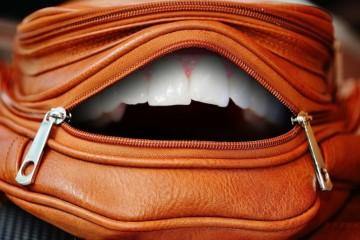 门牙大戴牙套有用吗门牙大应该如何矫正